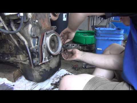 Rear Crankshaft Seal Installation | FunnyCat TV