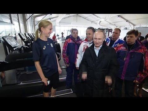 Putin visits Sochi Olympic village