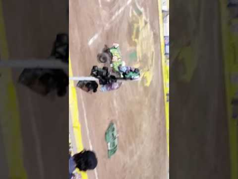 Monster Jam El Paso 2017 Jester freestyle