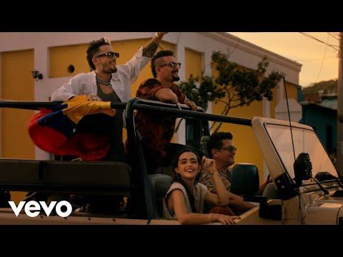 Carlos Vives, Mau y Ricky, Lucy Vives - Besos en Cualquier Horario (Official Video)