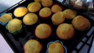 Видео-рецепт: Кексы в духовке(Канал рецептов: https://www.youtube.com/channel/UCUNs_Co0fteXOqRGEG2lOhw Группа в ВК: http://vk.com/katushabr., 2015-04-05T14:15:00.000Z)