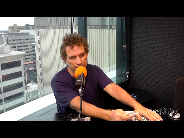 Ian Moss Throws Shade At Jars | Triple M