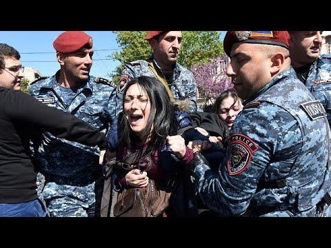 В Ереване прошли массовые протесты против Сержа Саргсяна