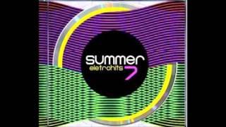 02   David Guetta Feat  Fergie & Lmfao   Gettin` Over You