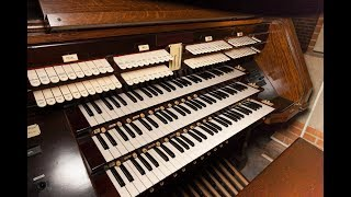 Michael Barone & Olivier Latry explain how a pipe organ make its tone at an organ dedication