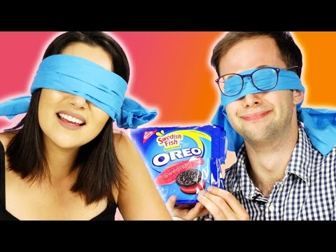 Blindfolded People Guess Oreo Flavors