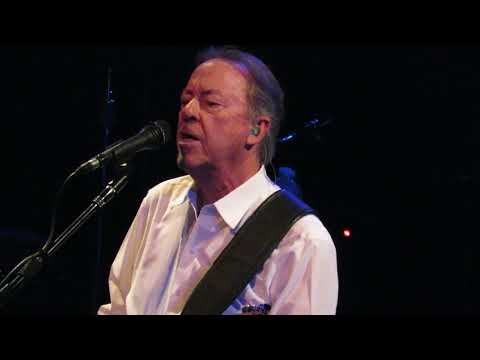 Boz Scaggs At Raleigh Memorial Aud 9-18-17...Look What You've Done To Me