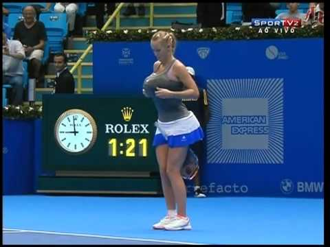 Caro Wozniacki imitates Serena Williams during exo. match. Gillette Federer Tour-Sao Paulo Brazil