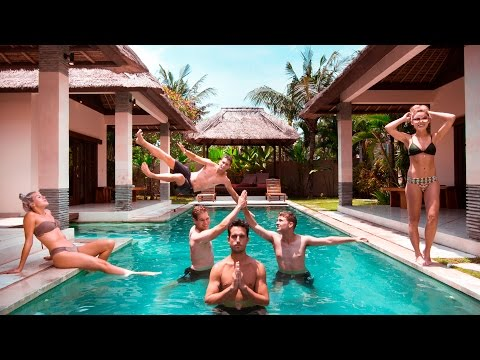 LIVING LIKE A KING FOR $20 - BALI INDONESIA