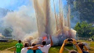 HEAVY FINALE Spanish SaluteRocket Fireworks Display