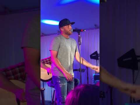 Cole Swindell - somebody's been drinking live performance