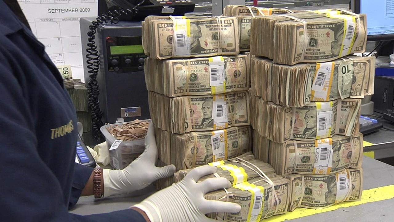 Resultado de imagen de fajos de dolares
