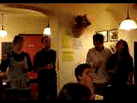 5 28 06 07 Deux invités de CLEMENT et EMILIE à la ...