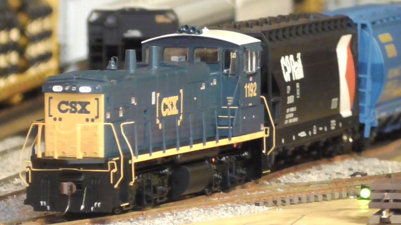 [2H] Model Yard Job: How to Build a Grain Train, HO DCC Layout, 03/13/2016  ©mbmars01