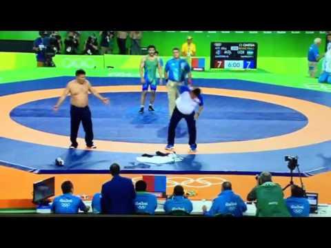 MOST funniest & controversial Wrestling Bronze Matchever    Mongolia vs Uzbekistan   Olympics 2016