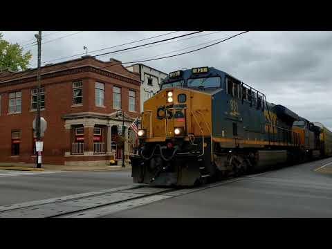 Railfanning A Street Runner. LaGrange KY 10 Oct 20