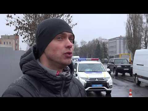 ТРК РИТМ: Рівненські патрульні перевірили стан дороги вулиці Млинівській