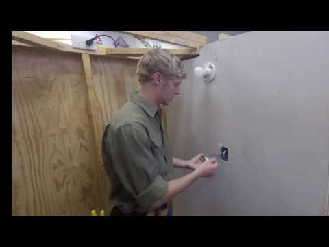 Emerald Coast Technical College - Electricity Program  - Quick Tip - Changing Electrical Switch