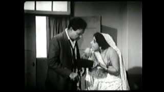 Zat Jao Chandanhar Laavo Ghoonghat Nahi Kholu Re [Flim: Akhand Saubhagyavati]