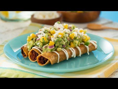 Tacos Dorados de Atún con Guacamole