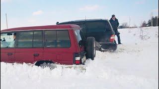 Битва в снегу: Паджеро и Крузак...