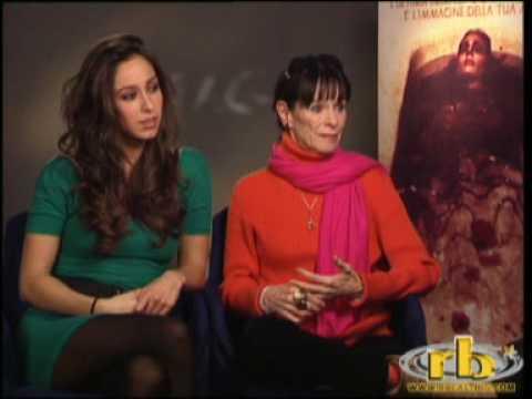 GERALDINE CHAPLIN e OONA CHAPLIN intervista (film IMAGO MORTIS) - WWW.RBCASTING.COM
