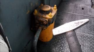 видео Тепловоз 2М62 | Регулятор давления ЗРД