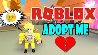 I'm Baby and Nobody WANTS Me at ROBLOX 💔 Adopt me Roleplay
