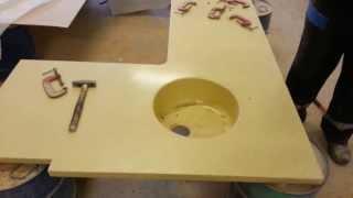 Искусственный камень Испытания мойки влитой в столешницу(Испытания мойки, влитой в столешницу из искусственного камня., 2014-02-14T05:19:46.000Z)