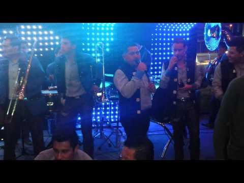El Muchacho Alegre - EL TORITO/F5