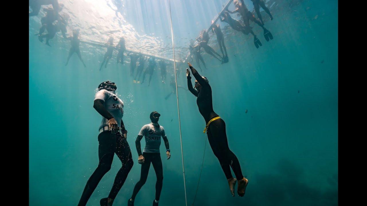 The dive the first world record for japan by sayuri kinoshita youtube - Porno dive video gratis ...