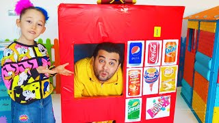 Öykü Pretend Play with Giant Vending Machine Kids Toy!!!