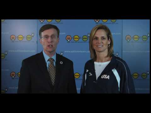AG Rob McKenna and Dara Torres