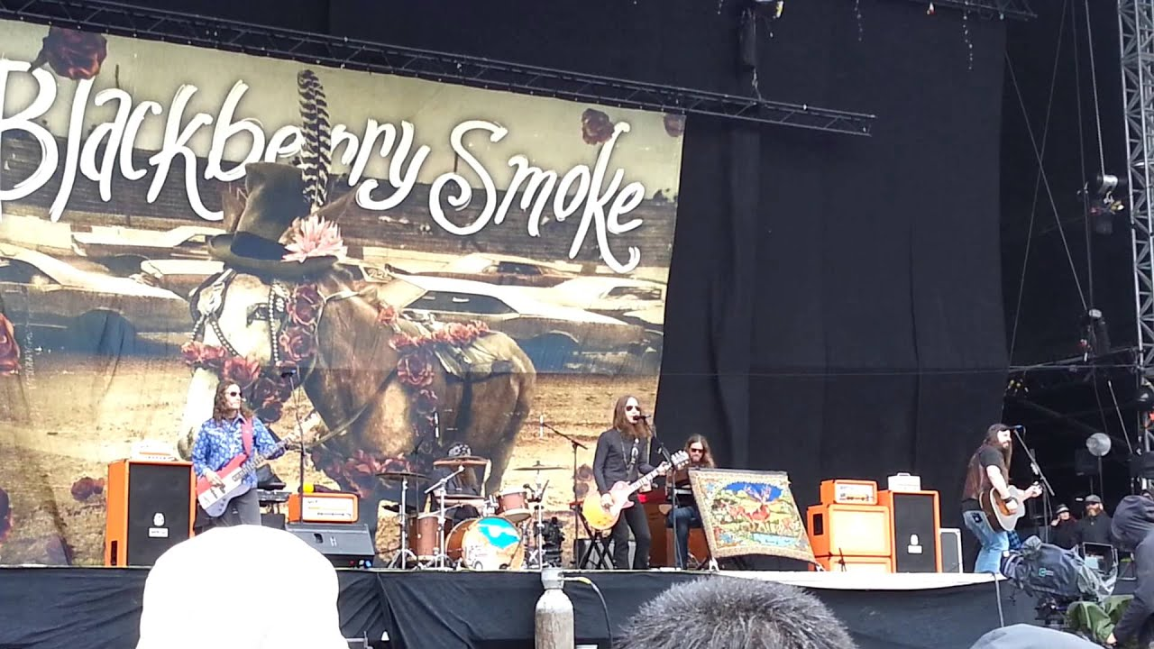blackberry smoke one horse town download 2015 youtube. Black Bedroom Furniture Sets. Home Design Ideas