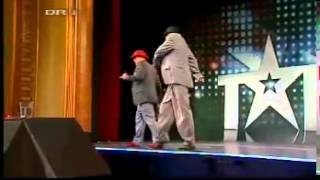 Download Video Talent 2008 Denmark Robot dance Two boys dancing electric boogie breakdance MP3 3GP MP4