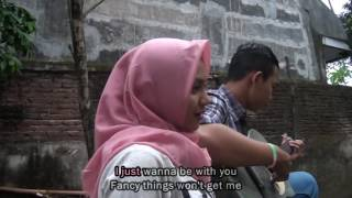 "Video Video Clip ""Keep Being You - cover By Andri Guitara"" SMKN 1 Boyolangu download MP3, 3GP, MP4, WEBM, AVI, FLV Februari 2018"