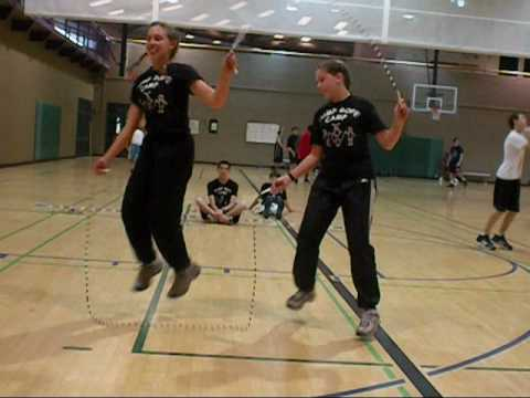 Jump Rope - 2 People 2 Ropes - YouTube