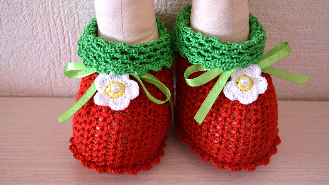 Crochet Amigurumi Giraffe Pattern Free : How To Make Adorable Crochet Doll Booties - DIY Crafts ...