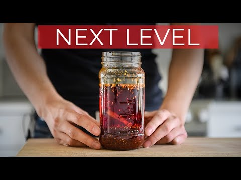NEXT LEVEL CHILI OIL RECIPE | CHINESE SMOKEY RED FLAVOURED OIL (辣椒油)