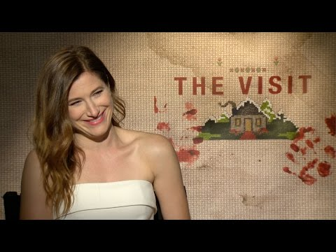Kathryn Hahn Explains How to Defeat Crazy Old People in 'The Visit'