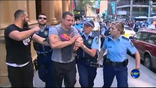 Anti US Protests By Muslims Turns Violent In Sydney Streets of Australia