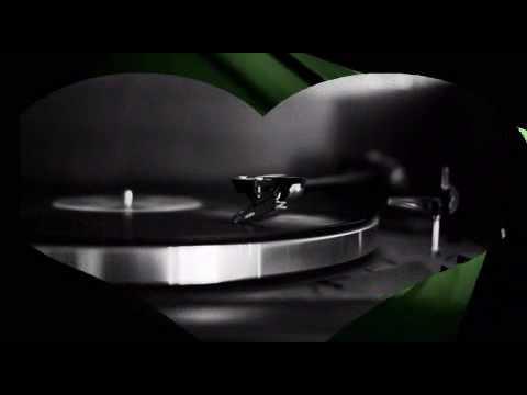Under Mi Sensi (Dub Remix) - Barrington Levy - Reggae Dub Mix