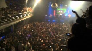 Wachiturros en vivo en groove Contra la pared