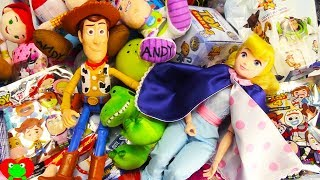 Toy Story 4 Movie Toys and Surprises