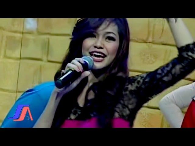 Gadis Mutmut Ayo Goyang Live Perfomance Youtube