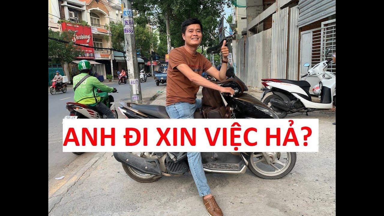 """Nhiều nhân viên tưởng Khương Dừa xin việc vì đi xe """"cùi"""", ăn mặc đơn giản!!!"""