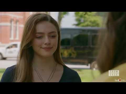 Legacies 1x03 Hope Talks About Hayley