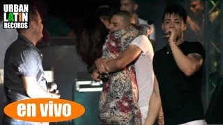 CHACAL Y YAKARTA ► MASI (MADRES) ► (CHACAL CANATA A SU MADRE EN VIVO)