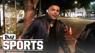 Brazil's Ronaldo -- Messi Is the Greatest Player Alive ... Sorry Cristiano | TMZ Sports(Brazil soccer legend Ronaldo -- considered one of the greatest players EVER -- has touched down in Beverly Hills ... and last night he weighed in on the great ..., 2015-02-12T14:50:37.000Z)