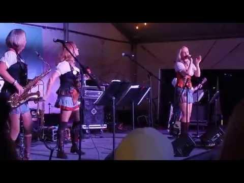 Die Bayrische 7 at Wurstfest 2015
